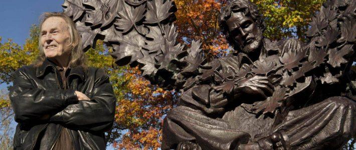 Gordon Lightfoot Immortalized in Bronze in Orillia