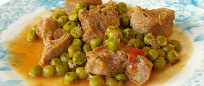 Spezzatino di vitello con piselli (veal stew with spring peas )